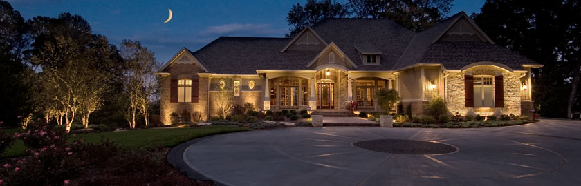 Residential landscape lighting for a Cincinnati, OH family.